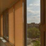 тканевые ролеты оранжевые на балкон