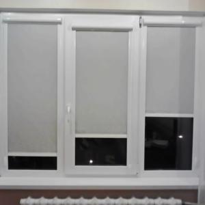 белые рулонные шторы на окна фото работ