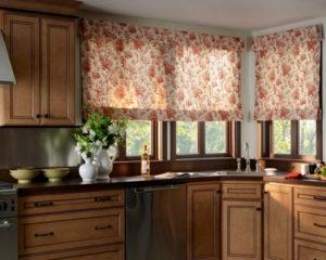 римские шторы на кухню в интерьере фото