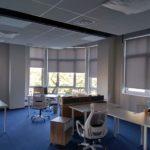 Тканевые ролеты в офис